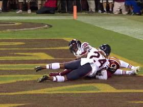 Terry McLaurin outmuscles Bears DB to extend TD streak to three games
