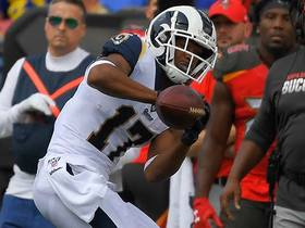 Robert Woods corrals Jared Goff's sideline dime for tightroping 37-yard grab