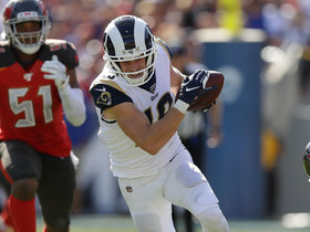 Cooper Kupp muscles through Bucs' secondary for 27-yard catch and run
