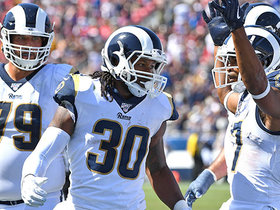 Todd Gurley takes handoff up the gut for his second TD run