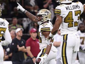 Vonn Bell recovers second fumble of game on fourth-down attempt