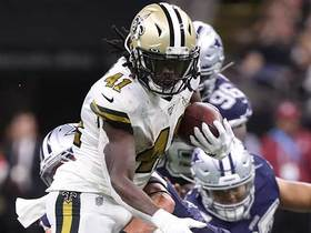 Alvin Kamara bounces off five Dallas defenders for first down