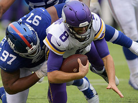 Dexter Lawrence sacks Kirk Cousins on third down in red zone