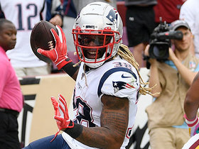 Brady lofts beauty to Brandon Bolden for 29-yard TD