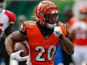 Joe Mixon BURSTS through for 16-yard run
