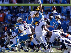 McManus misses 54-yard FG attempt to keep Chargers alive