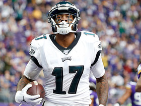 Wentz floats it over Vikings' defender to Alshon Jeffery