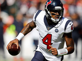 Deshaun Watson puts Chiefs' D in spin cycle for second TD run
