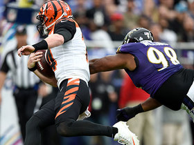Andy Dalton scrambles into end zone for TD