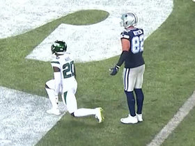 Jets' blitz gets to Prescott to stop 'Boys on two-point try