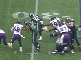 Earl Thomas comes up to tackle Chris Carson on Seahawks' first offensive play