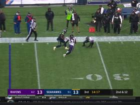 Chris Carson hurdles Brandon Carr on nice catch and run