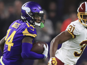 Stefon Diggs finds space in Redskins' secondary for speedy 34-yard pickup
