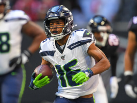Lockett turns Seahawks' tricky screen play into 15-yard burst