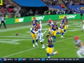 Gurley moves the chains with 20-yard third-down scamper