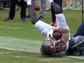 Winston LAUNCHES 43-yard pass to Mike Evans