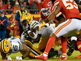 Jamaal Williams powers his way through Chiefs defense for 1-yard TD