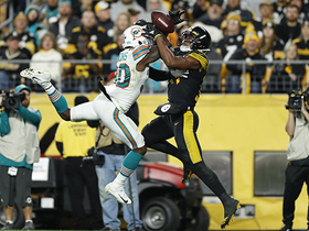 Can't-Miss Play: JuJu outmuscles Fins' DB for outstanding TD