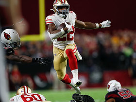 Breida hurdles over teammate for explosive 19-yard run