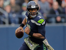 Russell Wilson scrambles for 21 yards to put 'Hawks in FG range