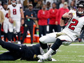 Demario Davis brings down Matt Ryan on third down