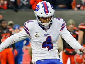 Hauschka's potential 53-yard game-winning FG try is no good after slicing left