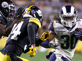 Todd Gurley gashes Steelers with 22-yard burst up the middle
