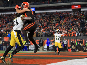 Can't-Miss Play: Browns rookie MOSSES Barron for first TD grab