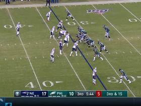 Dont'a Hightower plants Carson Wentz for huge loss on third-down sack