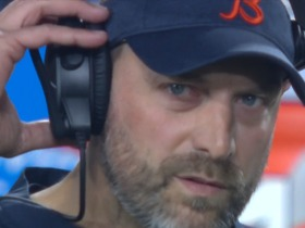 Matt Nagy reacts to Eddy Pineiro's second missed FG against Rams