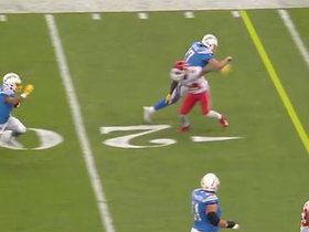 Philip Rivers leads the way on Austin Ekeler's speedy reverse