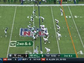 Sam Darnold hits Robby Anderson in stride for 24-yard gain