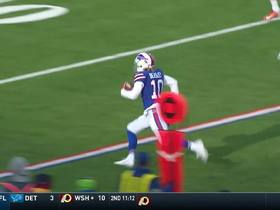 Cole Beasley bursts into red zone on 30-yard catch and run