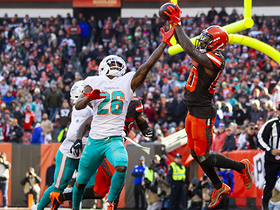 Where my dawgs at? Landry celebrates second TD with Dawg Pound
