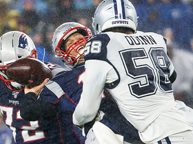 Robert Quinn STUFFS Brady on strip-sack