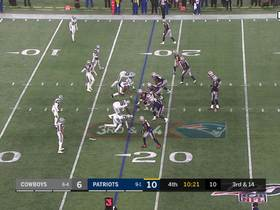 Michael Bennett gobbles up White in backfield for TFL