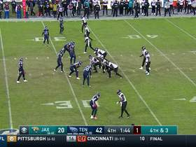 Titans completely envelop Nick Foles on fourth-down sack