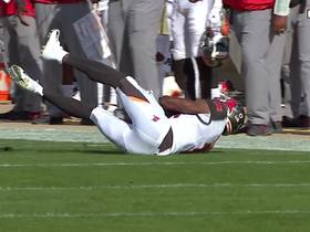 Winston finds Perriman down the sideline for 32-yard catch