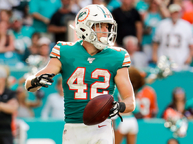 Undrafted rookie RB Patrick Laird gives Fins lead with first-career TD