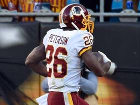 Adrian Peterson trots into the end zone for untouched TD