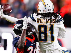 Can't-Miss Play: Mike Williams' wild one-handed catch keeps Bolts alive