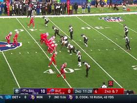 Devin Singletary weave through Ravens' D for 14-yard gain
