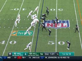 Fitzpatrick shows off the WHEELS on 20-yard scramble