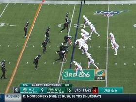 Isaiah Ford shakes free from Jets tackle attempt for 25 yards