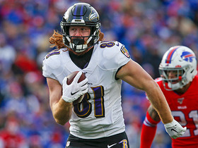 Hayden Hurst bursts for 61-yard catch-and-run TD