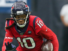 DeAndre Hopkins is left wide open for 43-yard TD catch and run