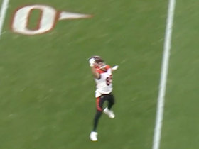 Tyler Eifert makes phenomenal one-handed catch near sideline