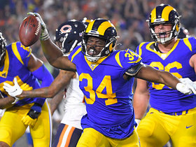 Malcolm Brown hammers in TD to cap Rams' impressive opening drive