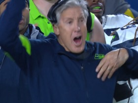 Pete Carroll is hyped after Green blocks Rams' field-goal try