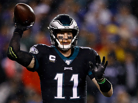Wentz's whirlwind in the pocket ends in 24-yard strike to Ertz